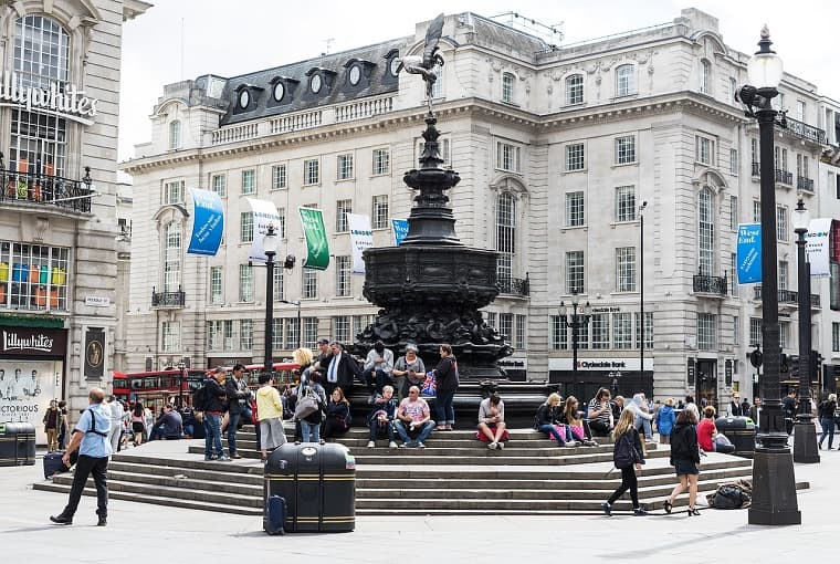 angelo di Piccadilly Circus