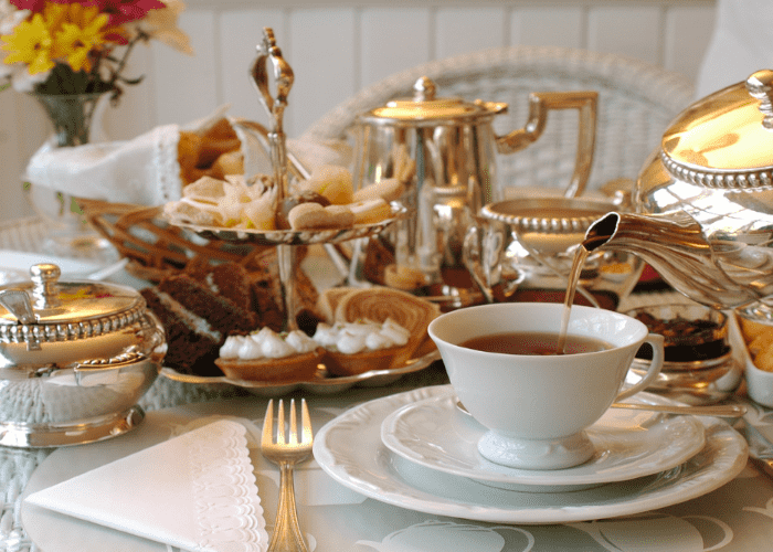 tradizione dell' afternoon tea inglese